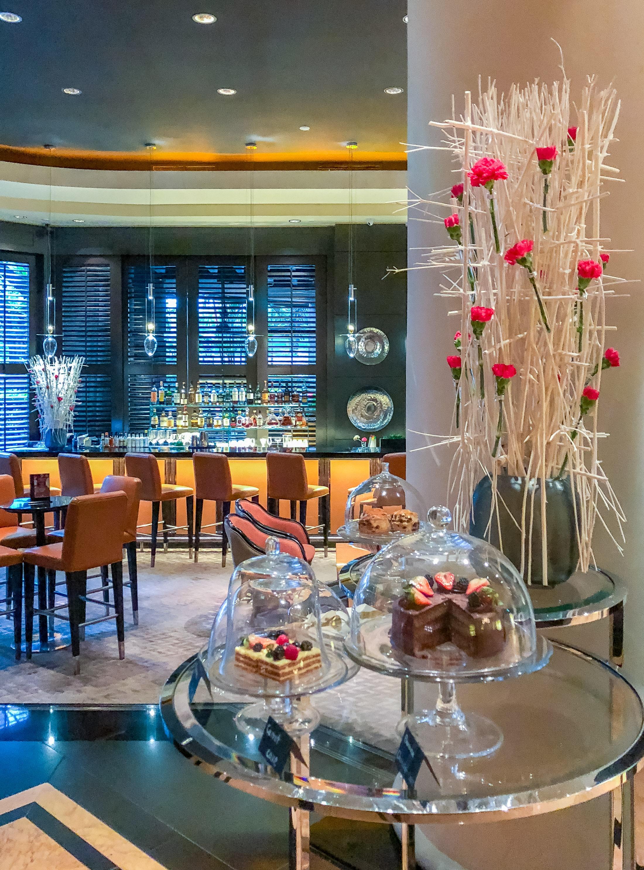 One Ninety Bar tea at Four Seasons Singapore