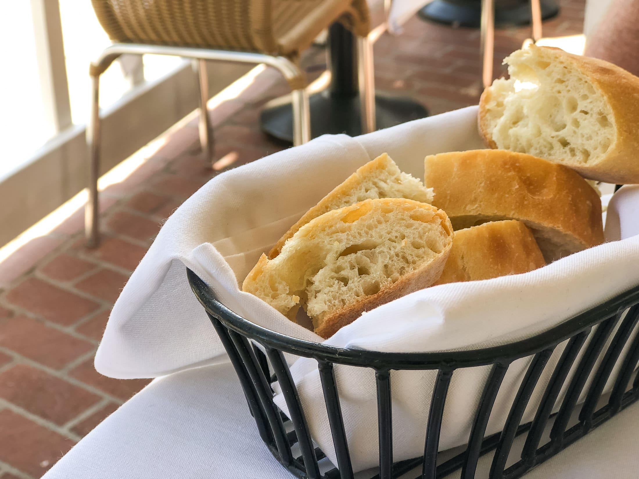 Piatti La Jolla bread basket
