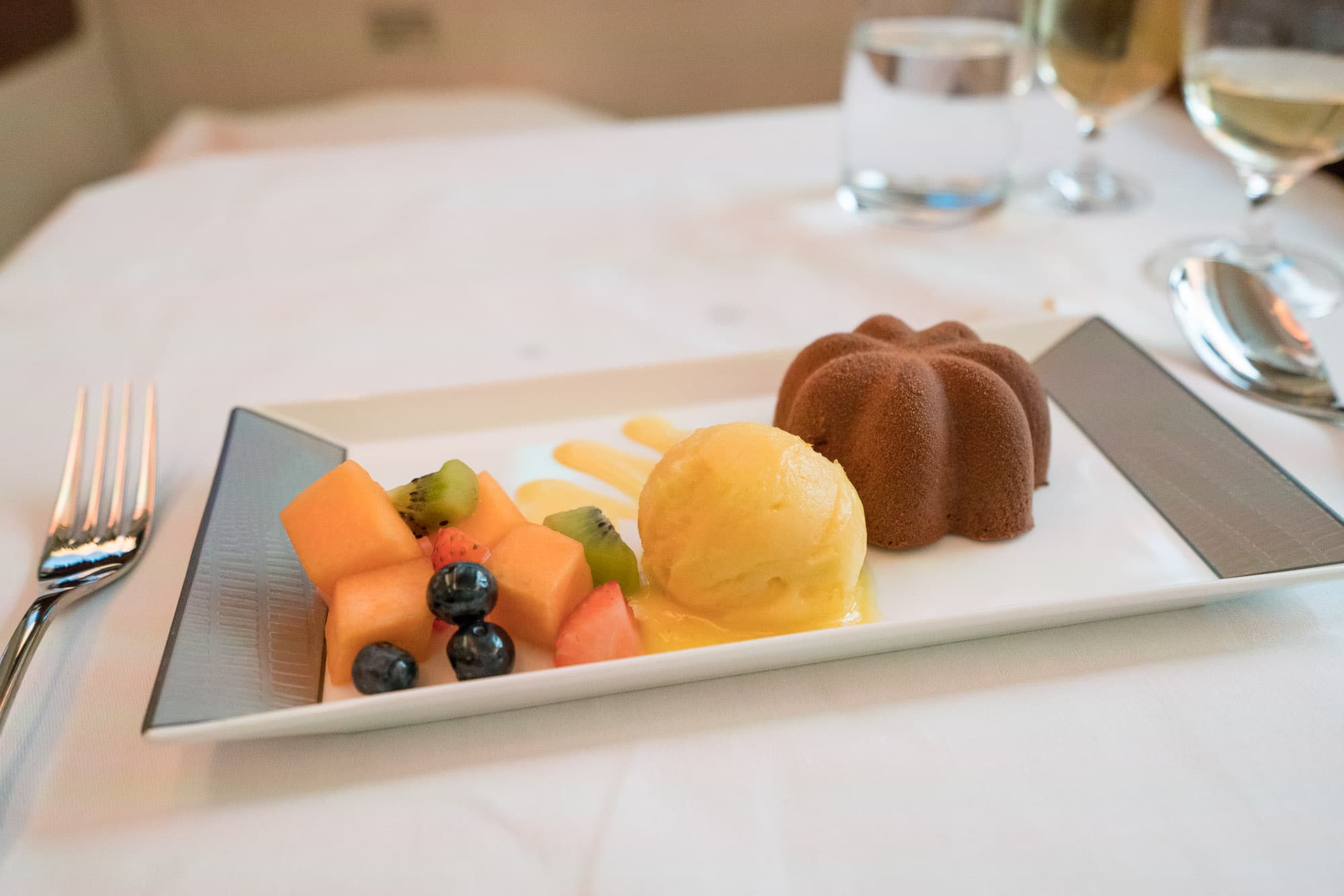 Dessert on Singapore Airlines first class suites