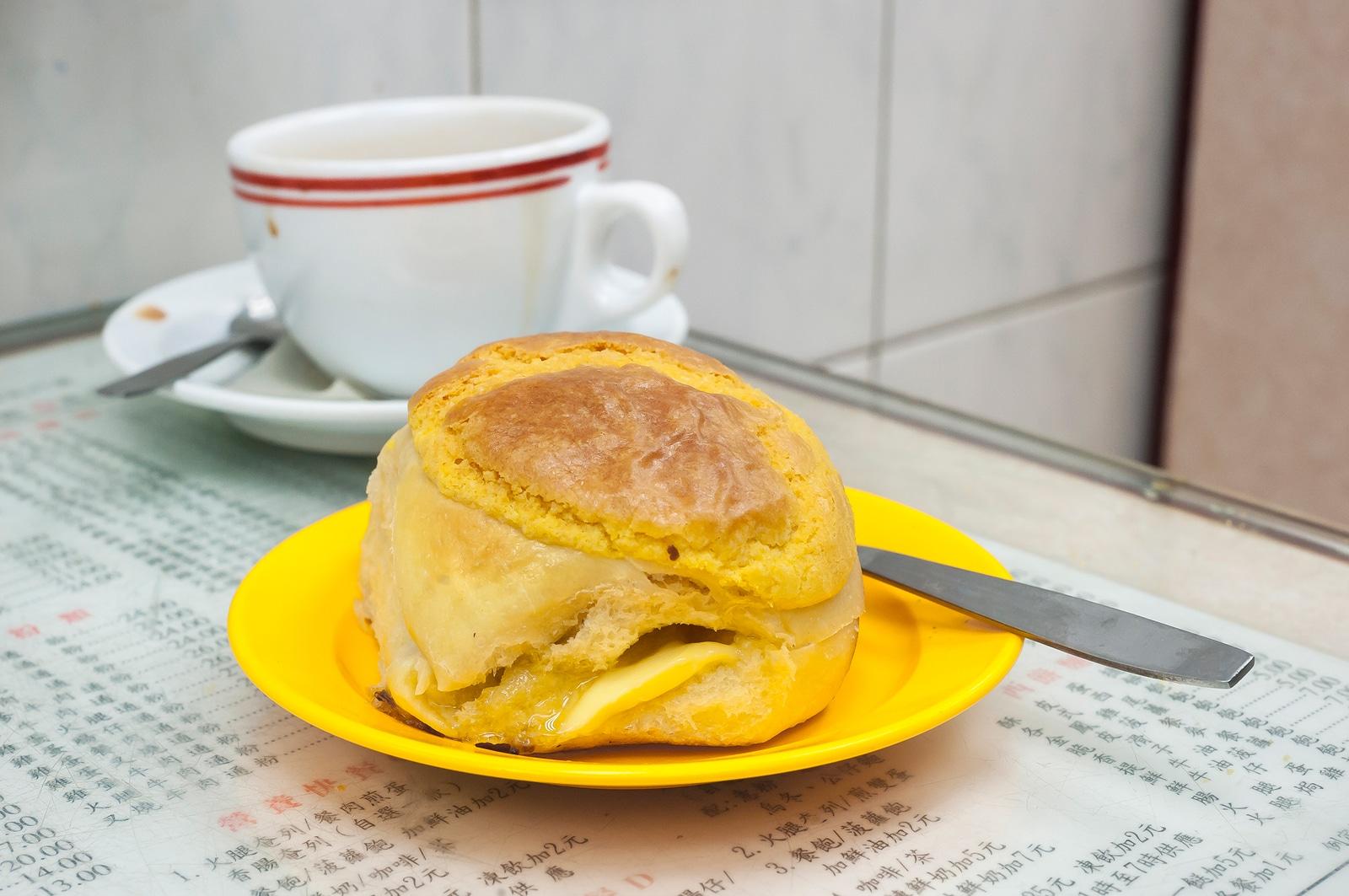 Hong Kong pineapple bun and milk tea