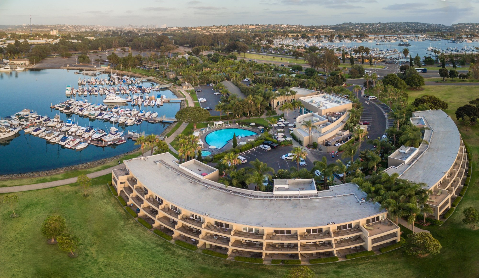 Hotels near Seaworld San Diego: The Dana on Mission Bay