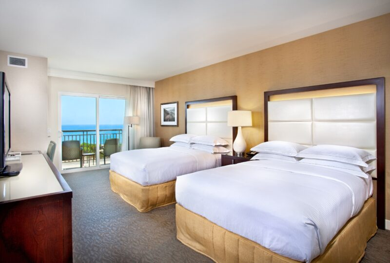 Hilton Carlsbad Oceanfront, Rooms