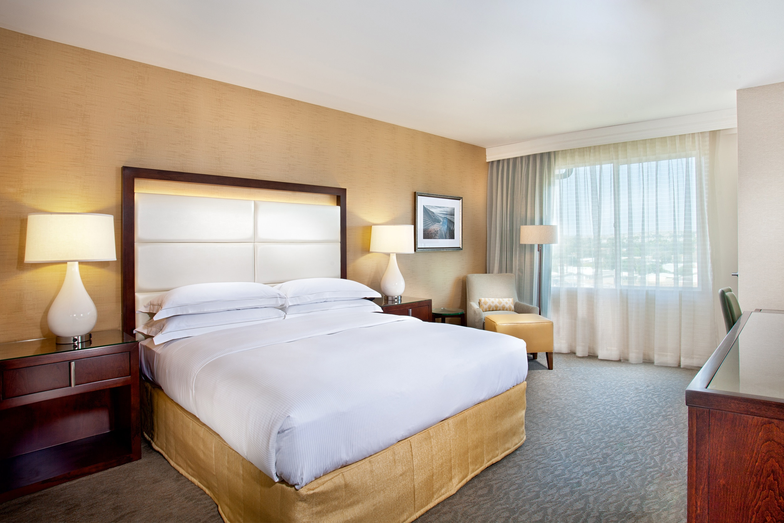 Cape Rey Carlsbad, a Hilton Resort king room