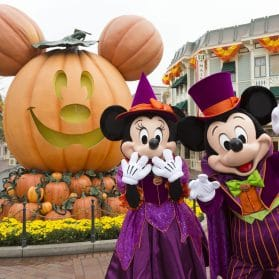 17 Things You Must Do at Disneyland Resort During Halloween Time