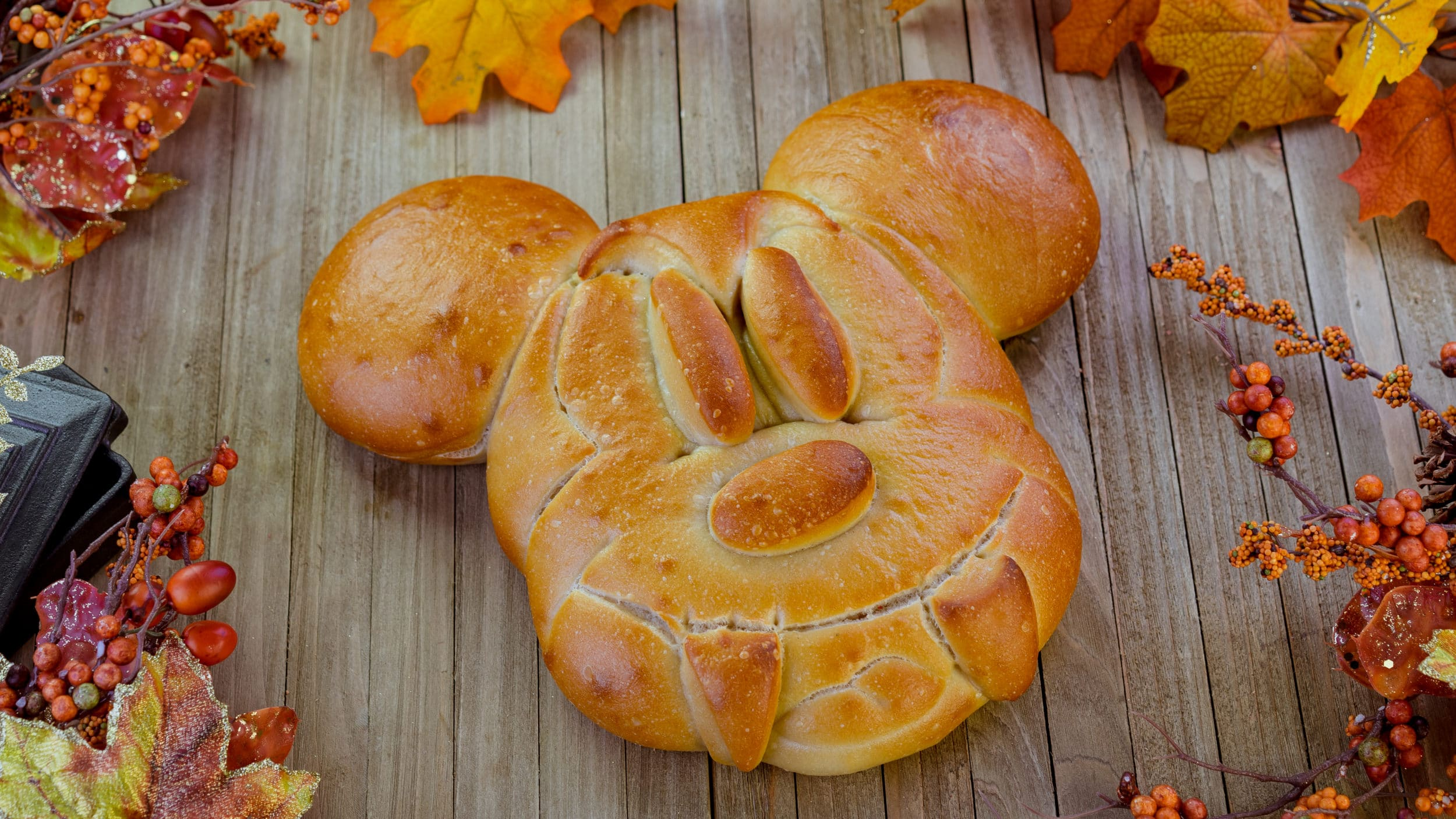 Disneyland Halloween food: Mickey Bread with Fangs
