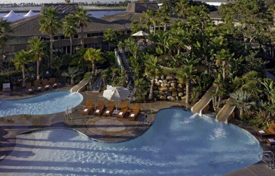 8 Hotels Near SeaWorld San Diego