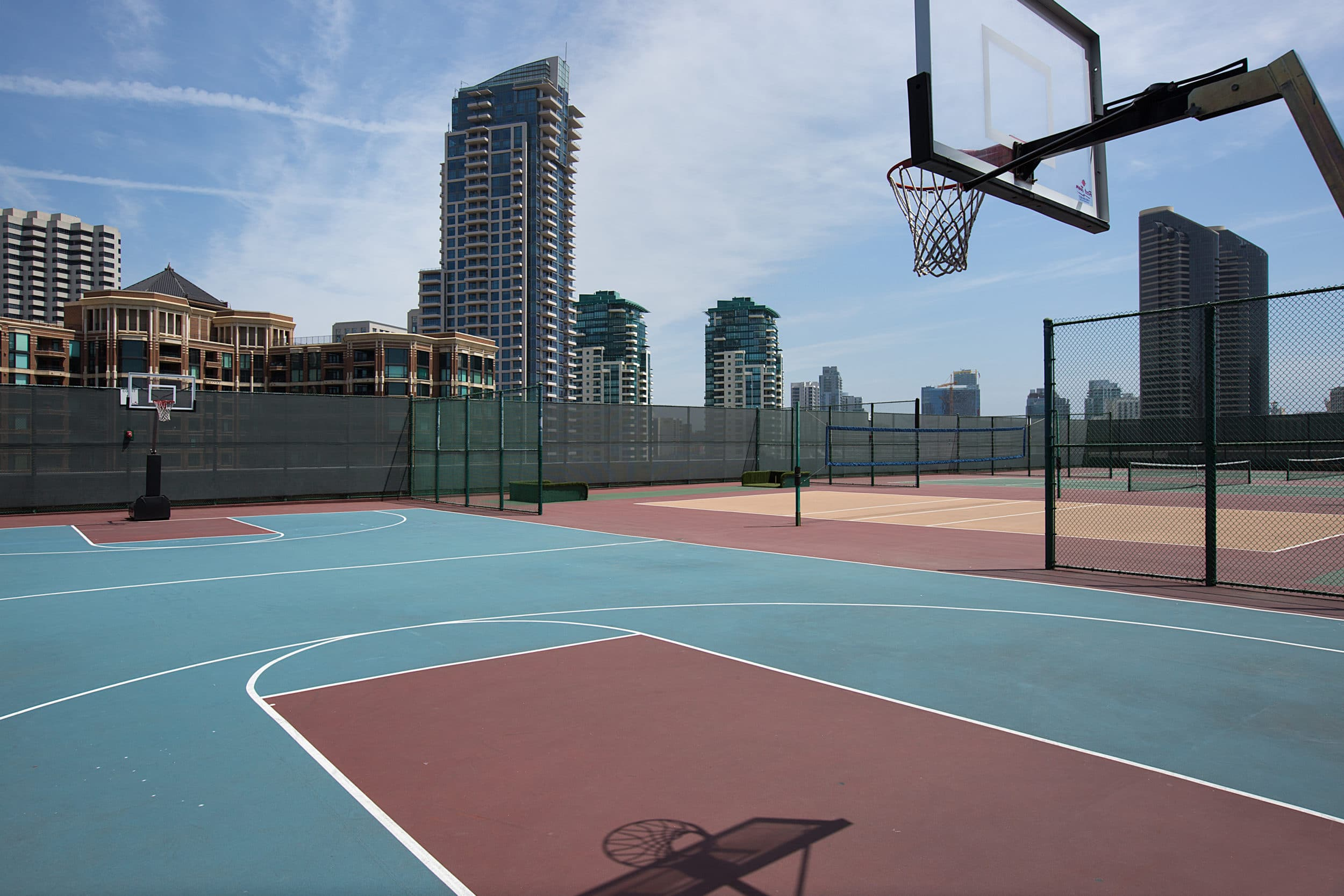 Manchester Grand Hyatt basketball court