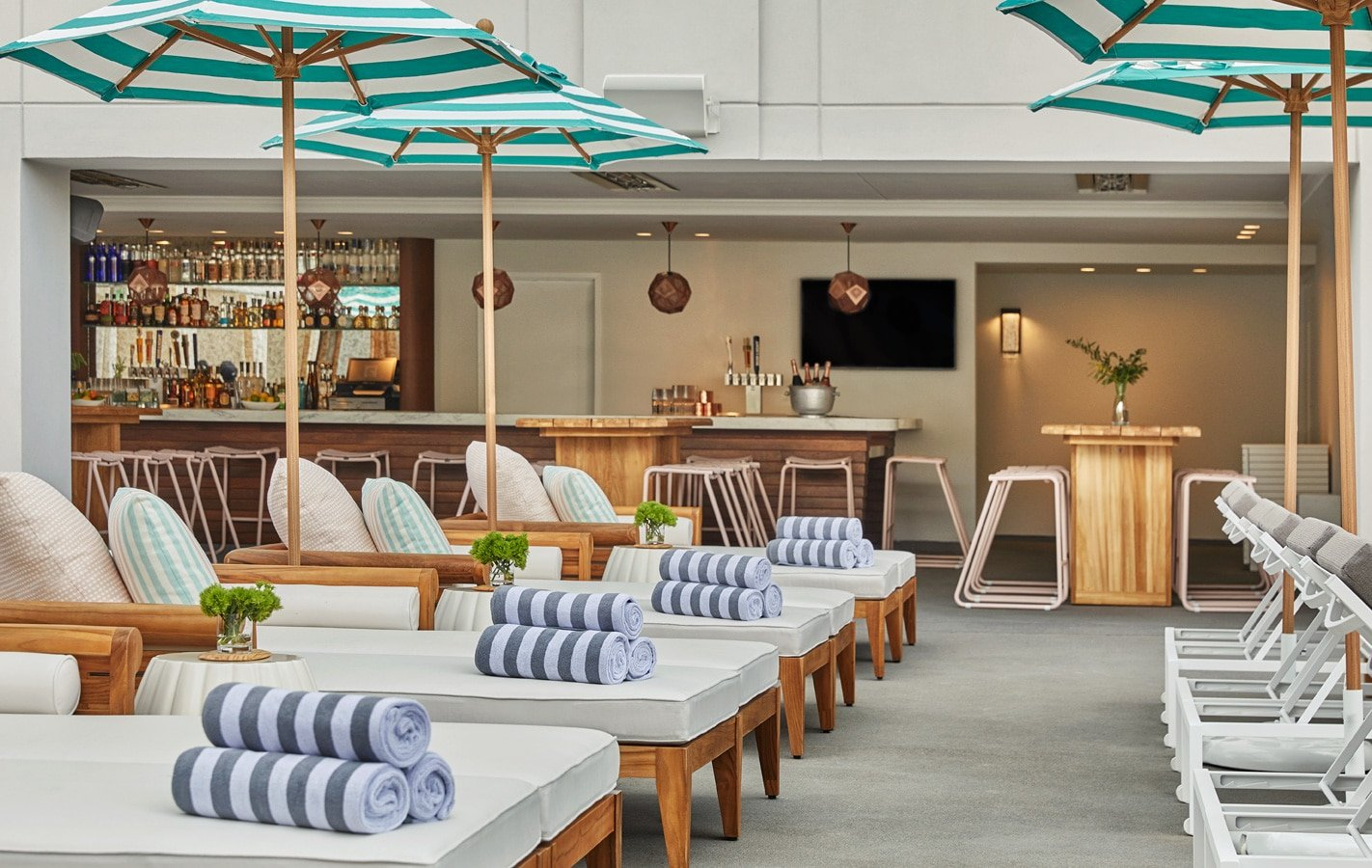 The Pool House at Pendry San Diego