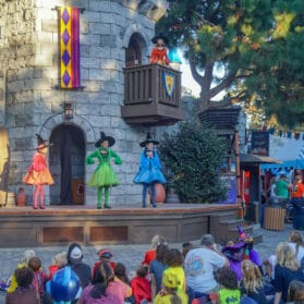 14 Ways to Maximize a LEGOLAND Brick-or-Treat Visit