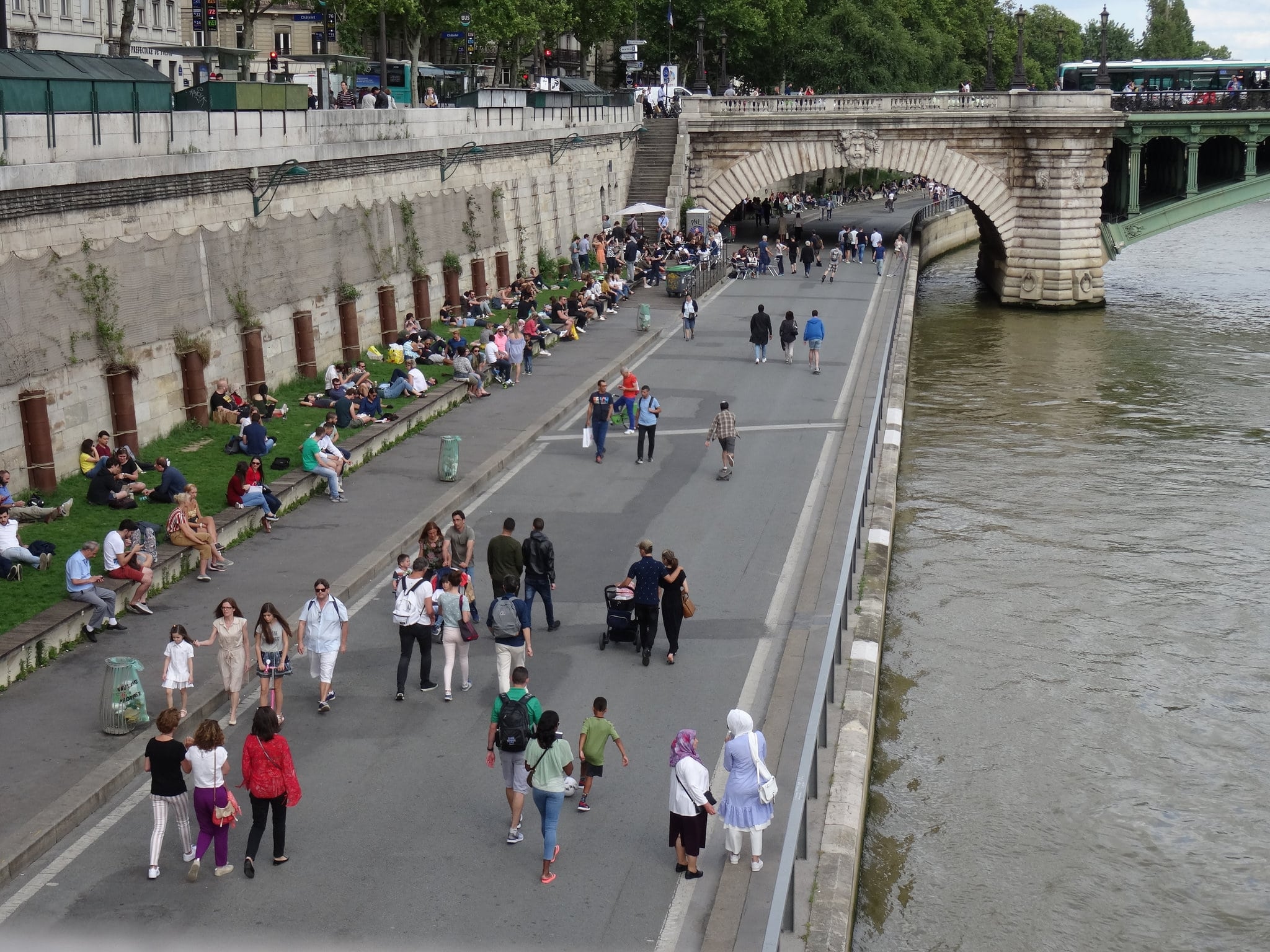 Things to do in Paris: Walk Les Berges