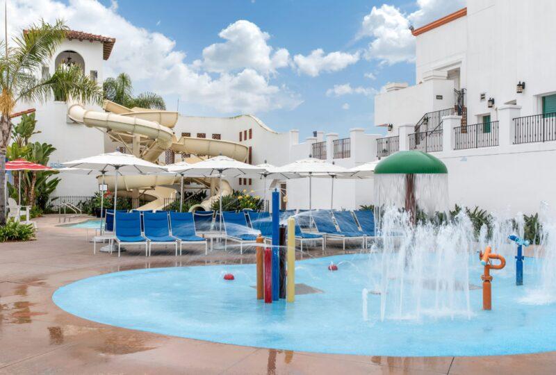 omni-la-costa-splash-landing-pool