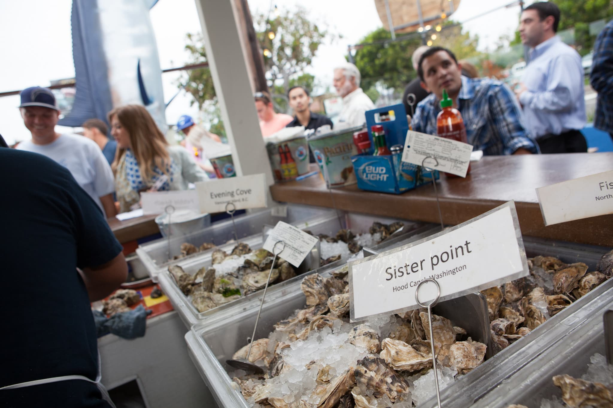 Oyster Hour at Pacific Beach Fish Shop