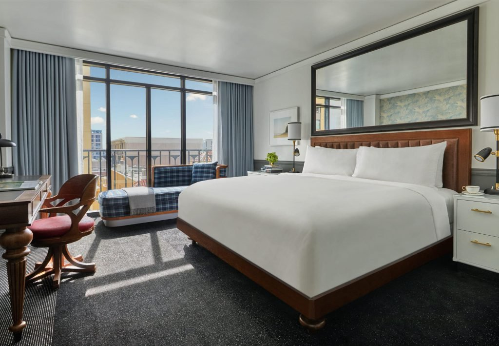 Pendry San Diego Deluxe King Room