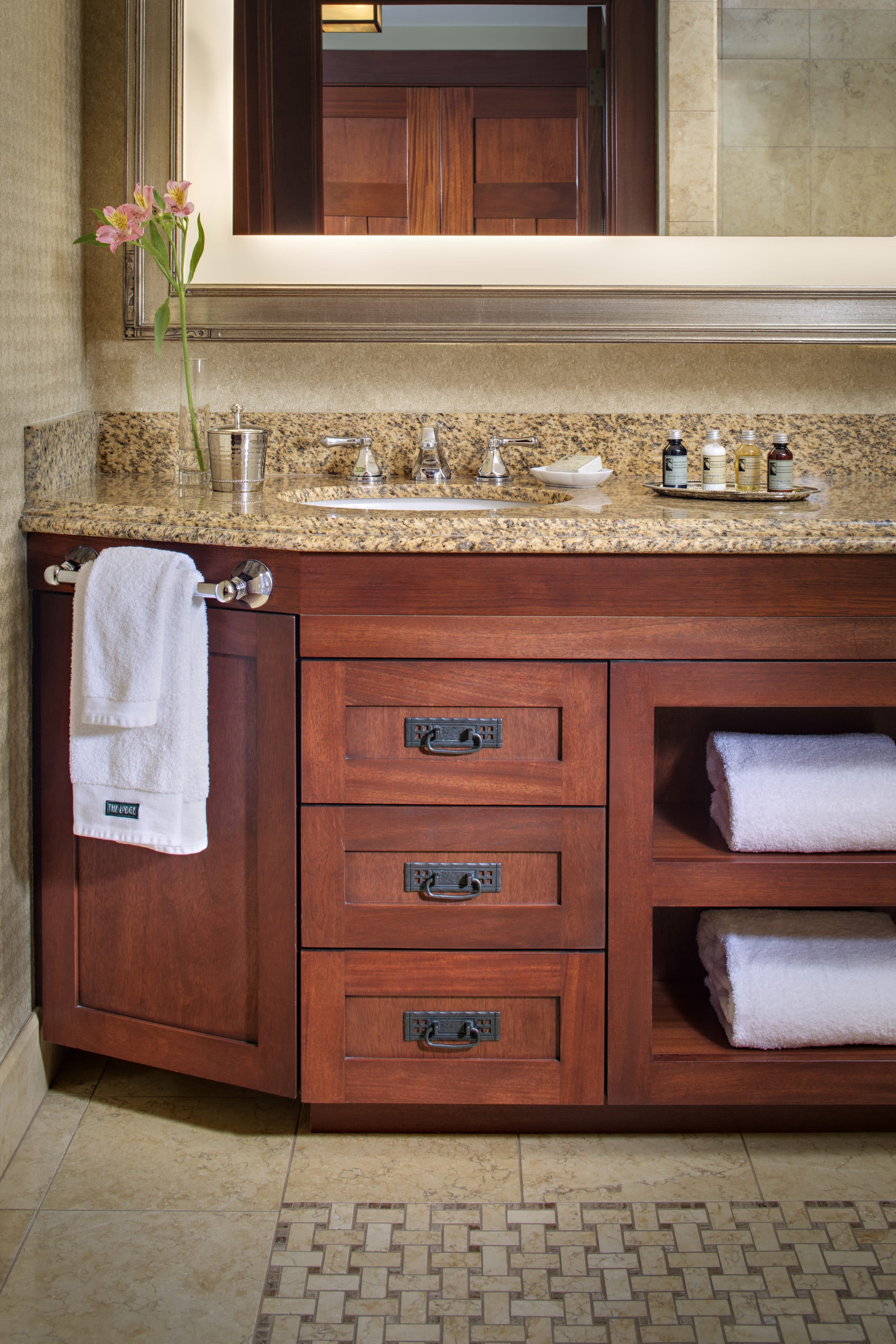 the lodge at torrey pines bathroom