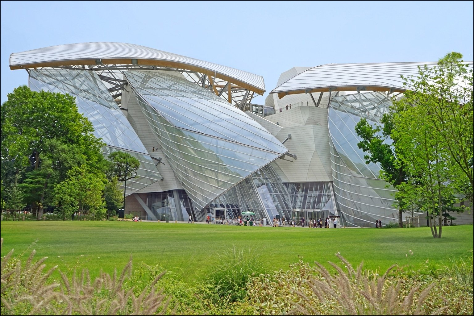 Things to do in Paris: Fondation Louis Vuitton