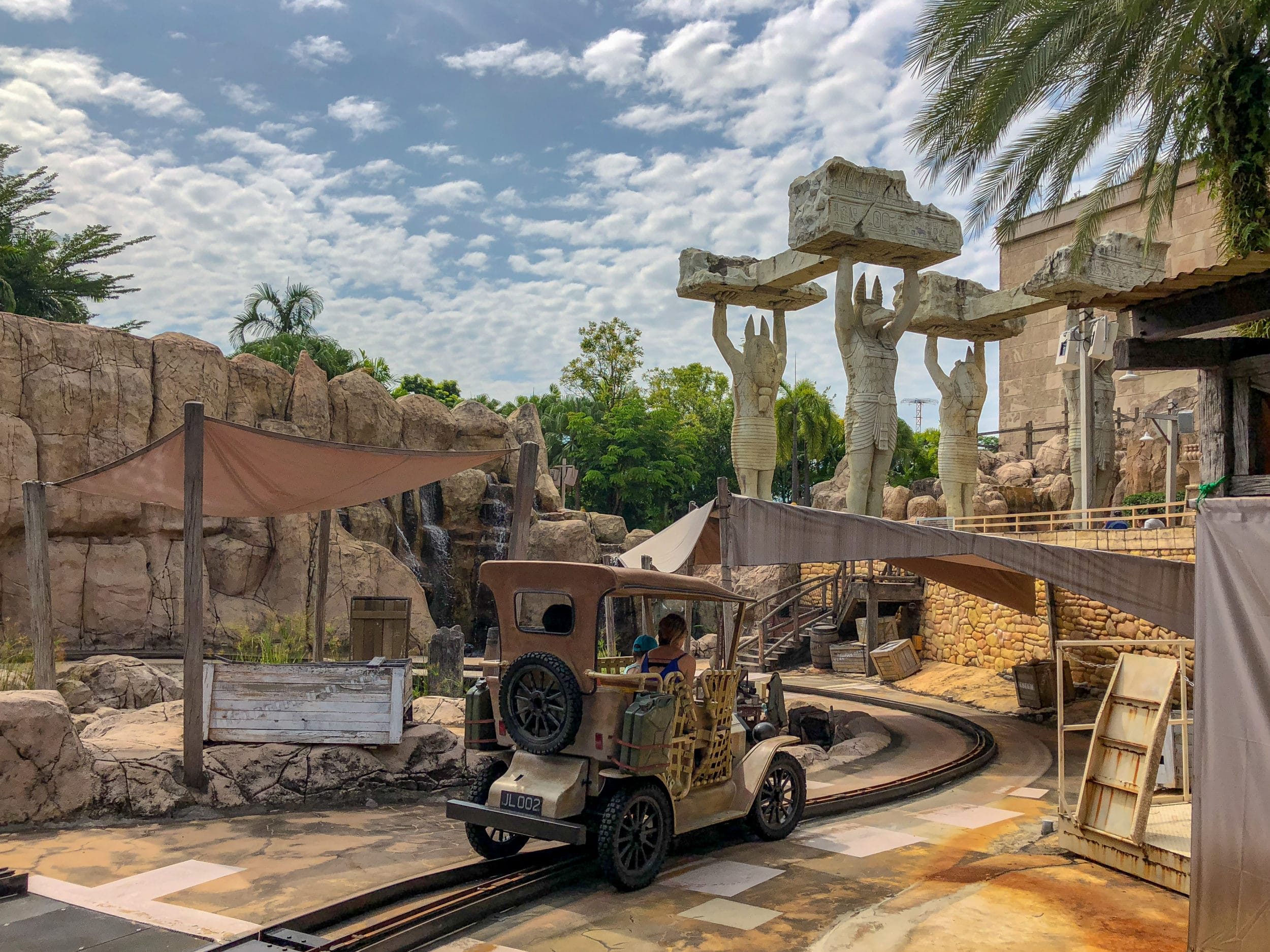 Universal Studios Singapore Treasure Hunters ride