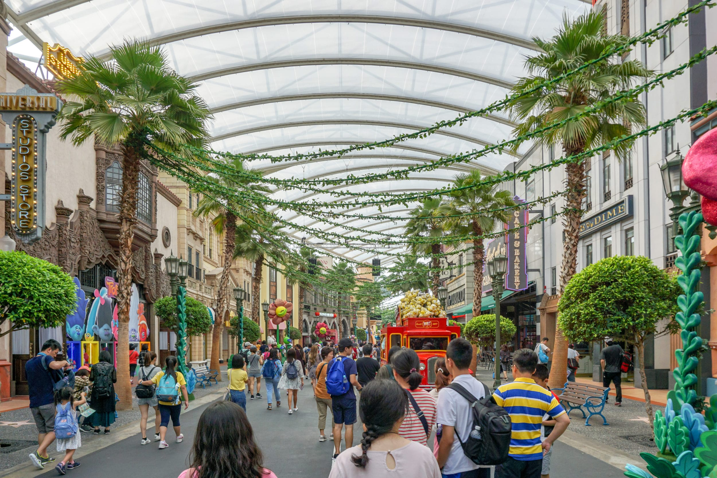 Universal Studios Singapore Hollywood zone
