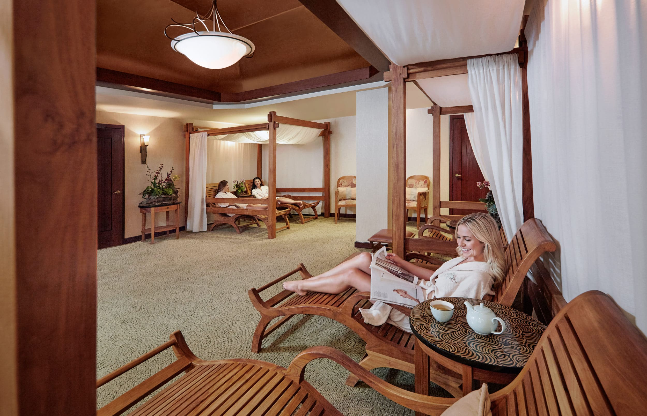 Relaxation room at Catamaran Spa in San Diego