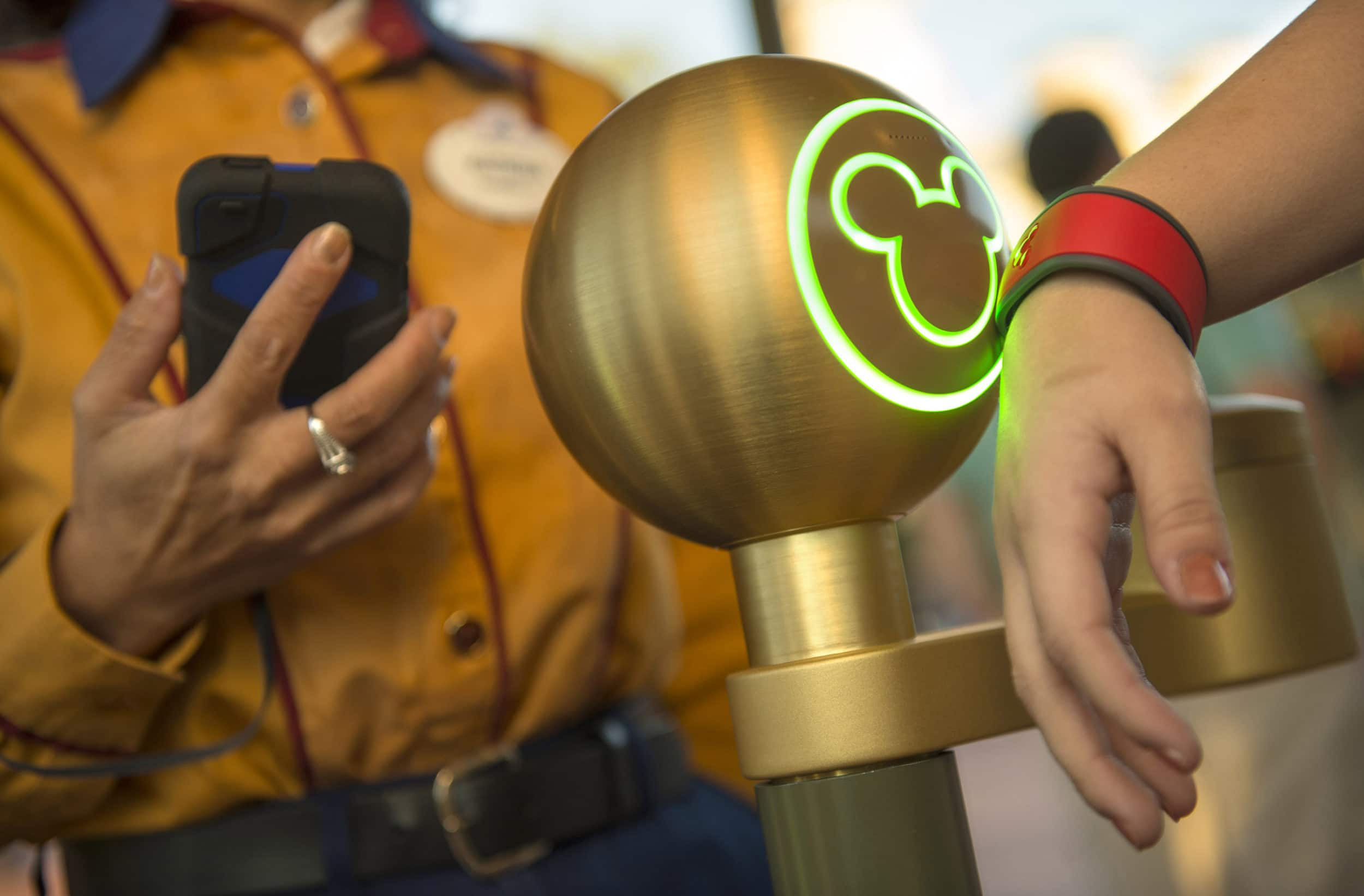 MagicBand in use during a Walt Disney World vacation