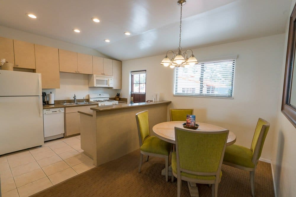 La Jolla Beach and Tennis Club suite with kitchen