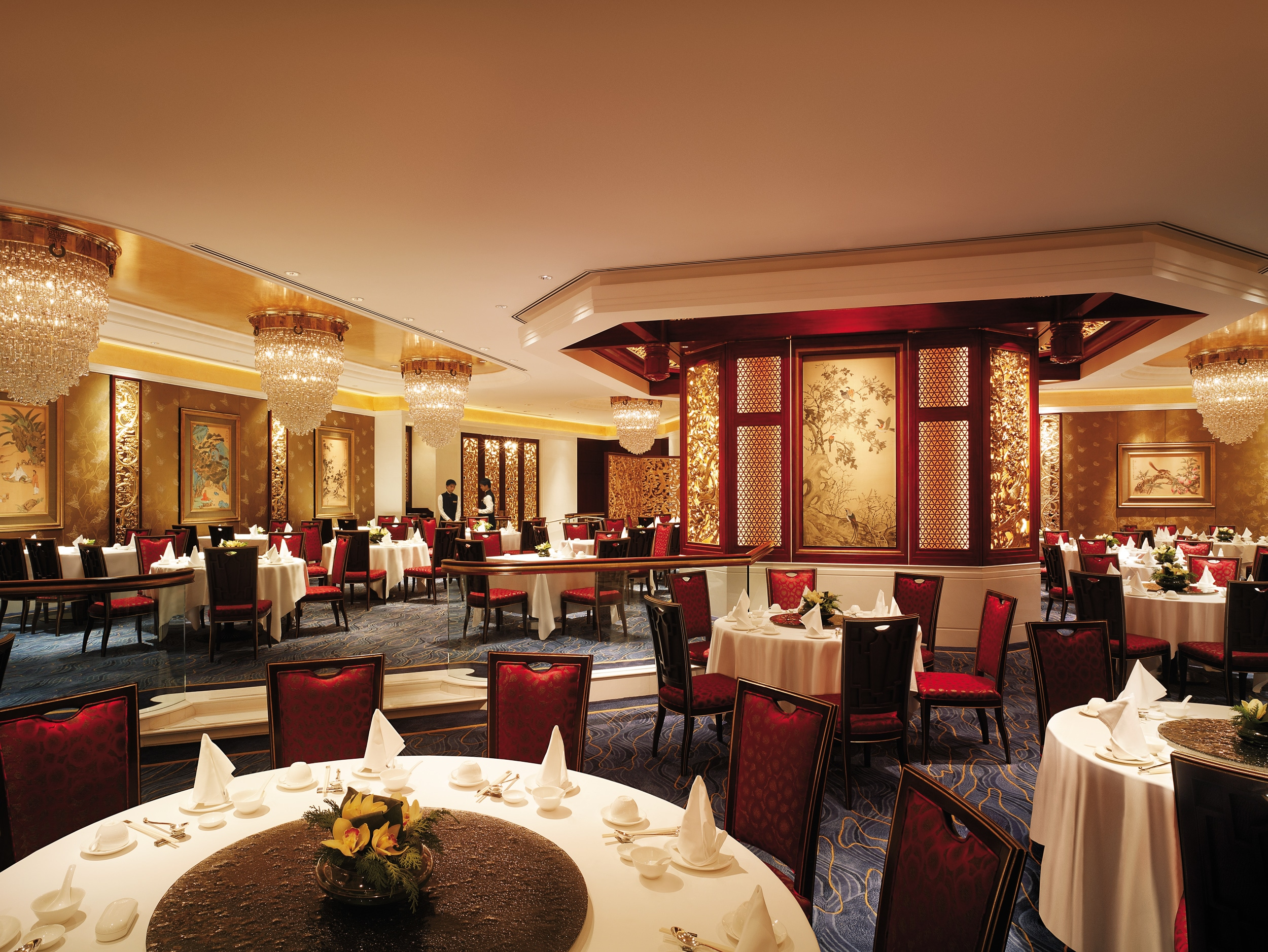Summer Palace restaurant at Island Shangri-la Hong Kong