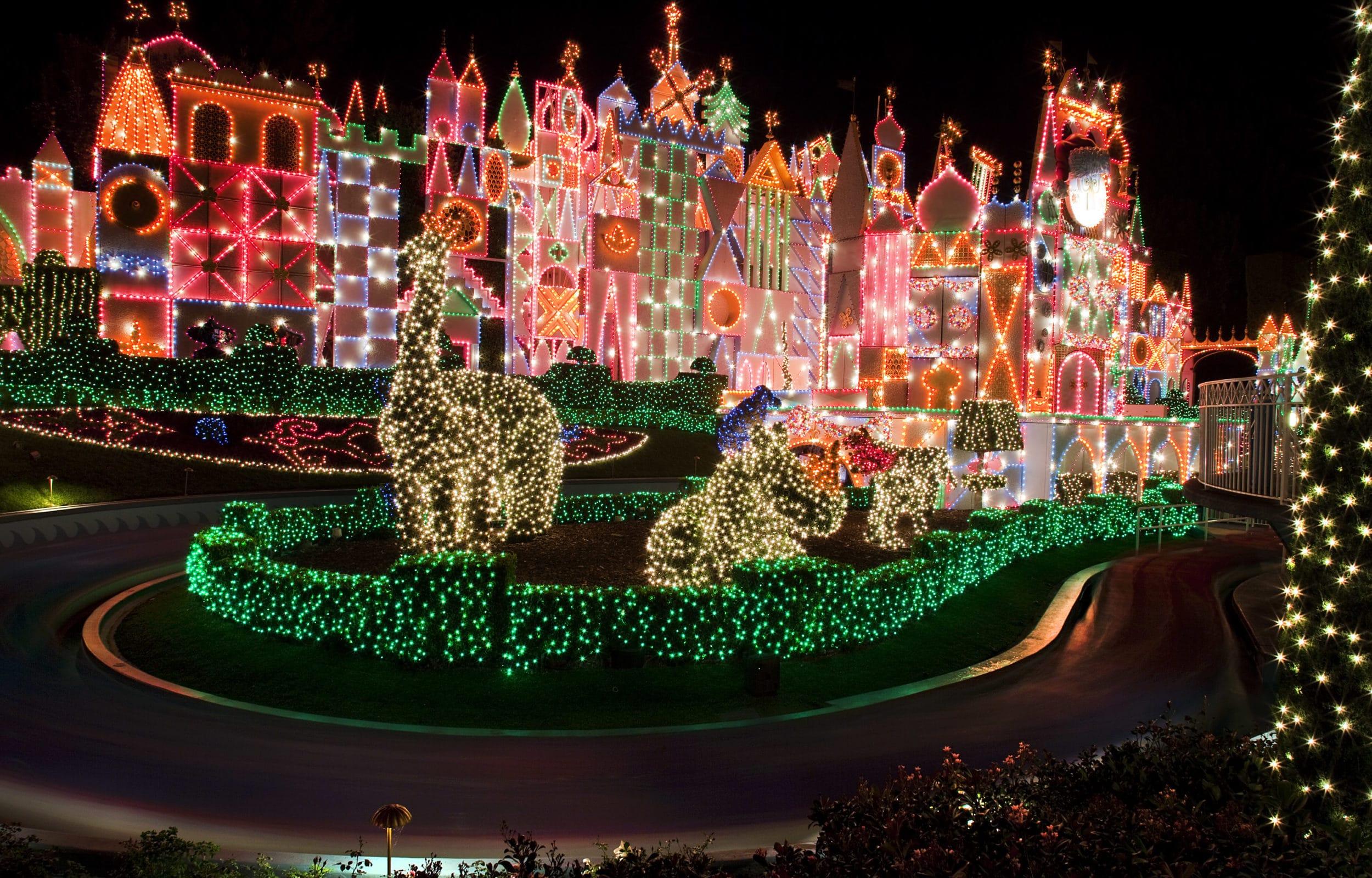 """it's a small world"" Holiday at Disneyland Resort"