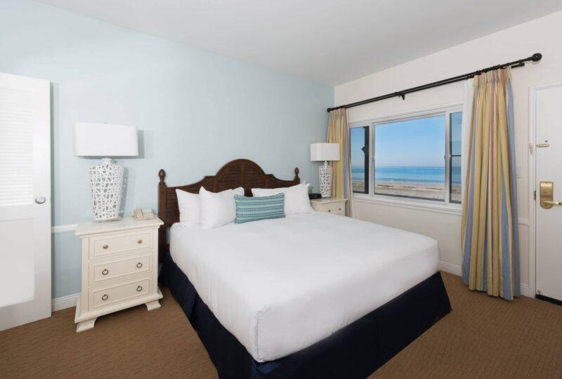 la jolla beach and tennis club rooms