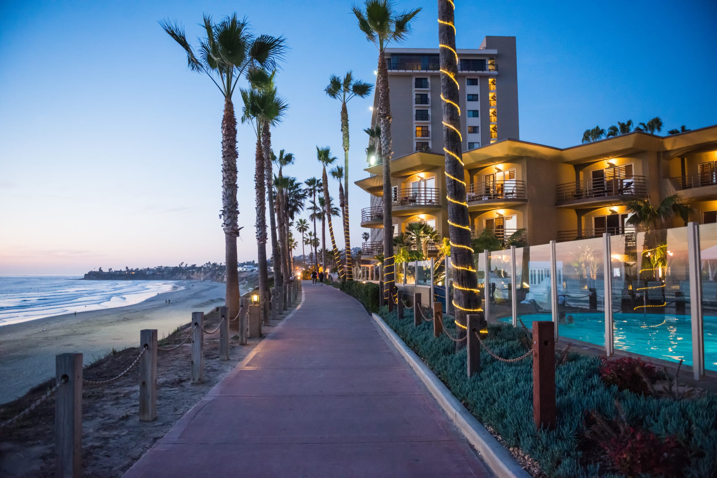Pacific Terrace Hotel is located in the Pacific Beach neighborhood of San Diego