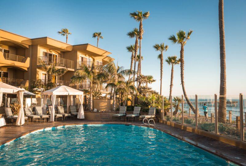 pacific terrace hotel pool area