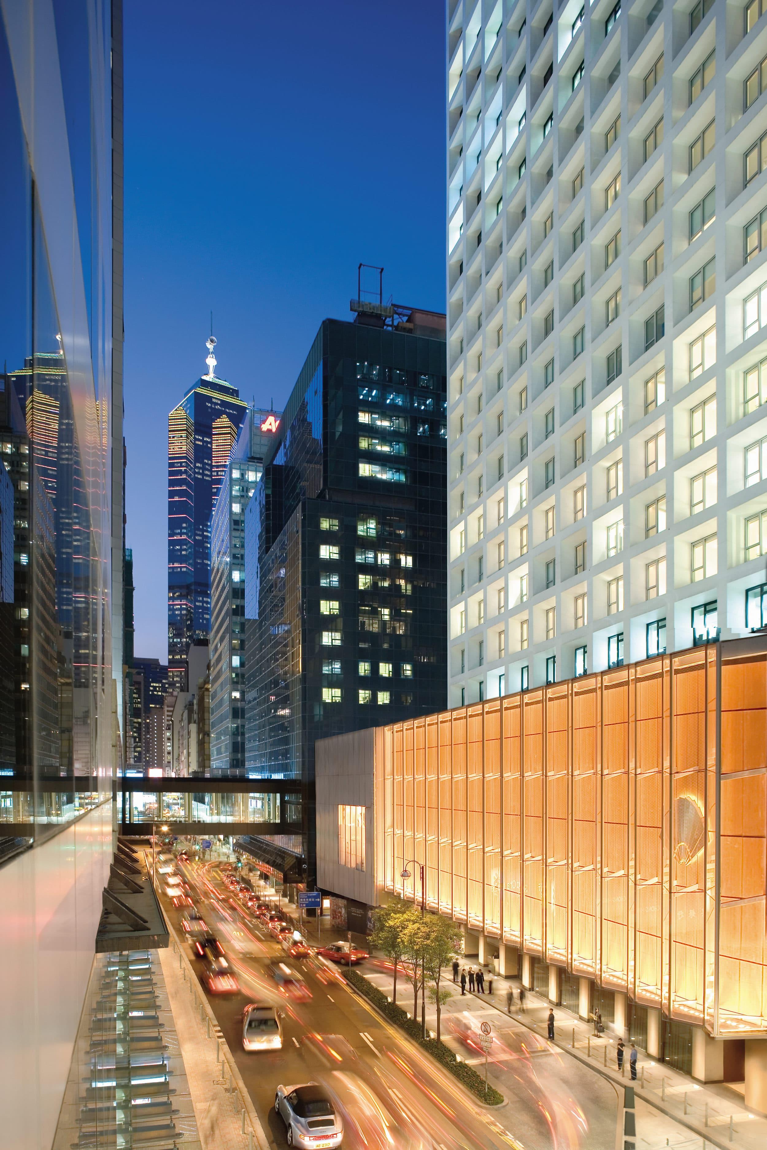 The Landmark Mandarin Oriental, Hong Kong location