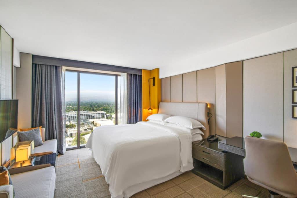 Sheraton Universal City King Room