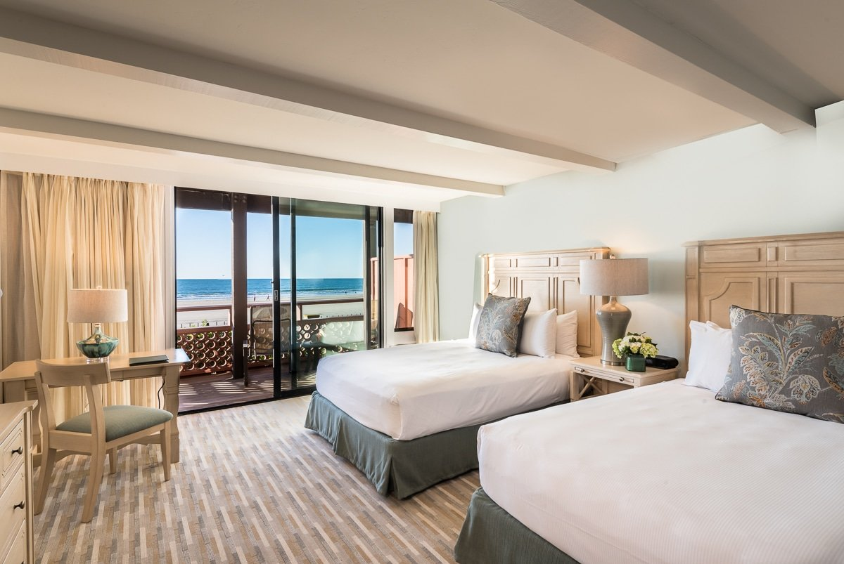 La Jolla Shores Hotel beachfront rooms