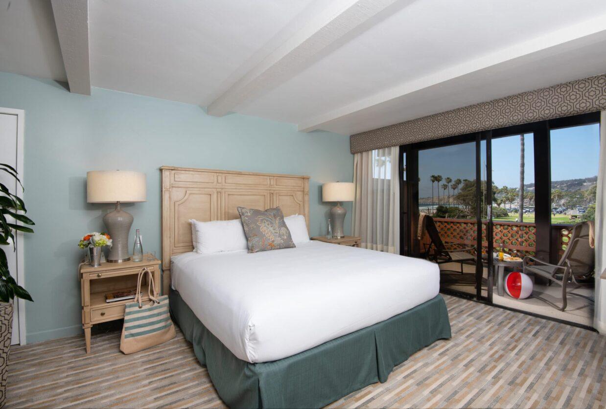 la jolla shores hotel coastal view king