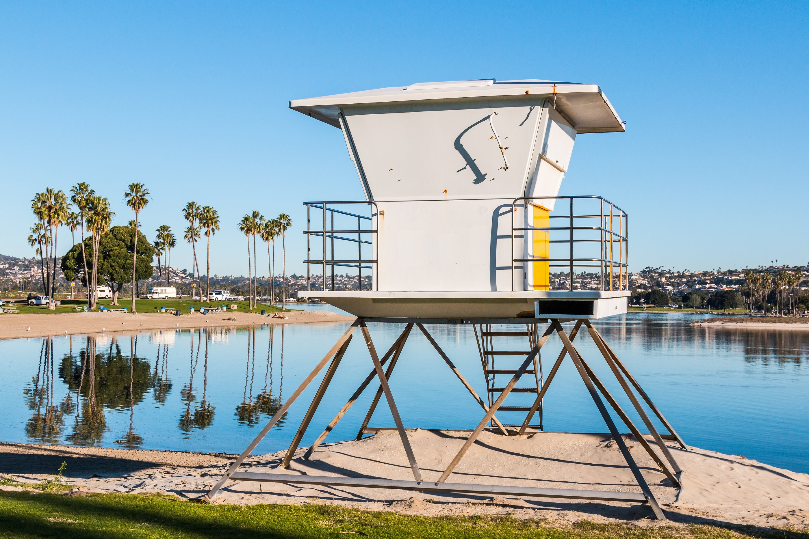 Mission Bay San Diego lifeguard tower