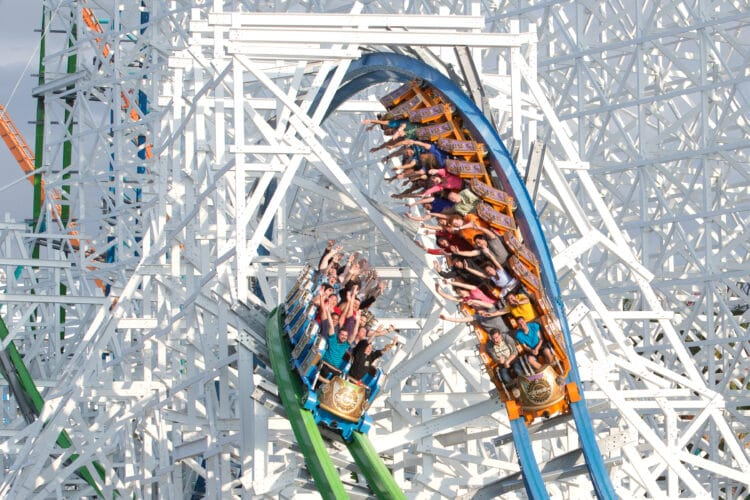 Guide to Six Flags Magic Mountain