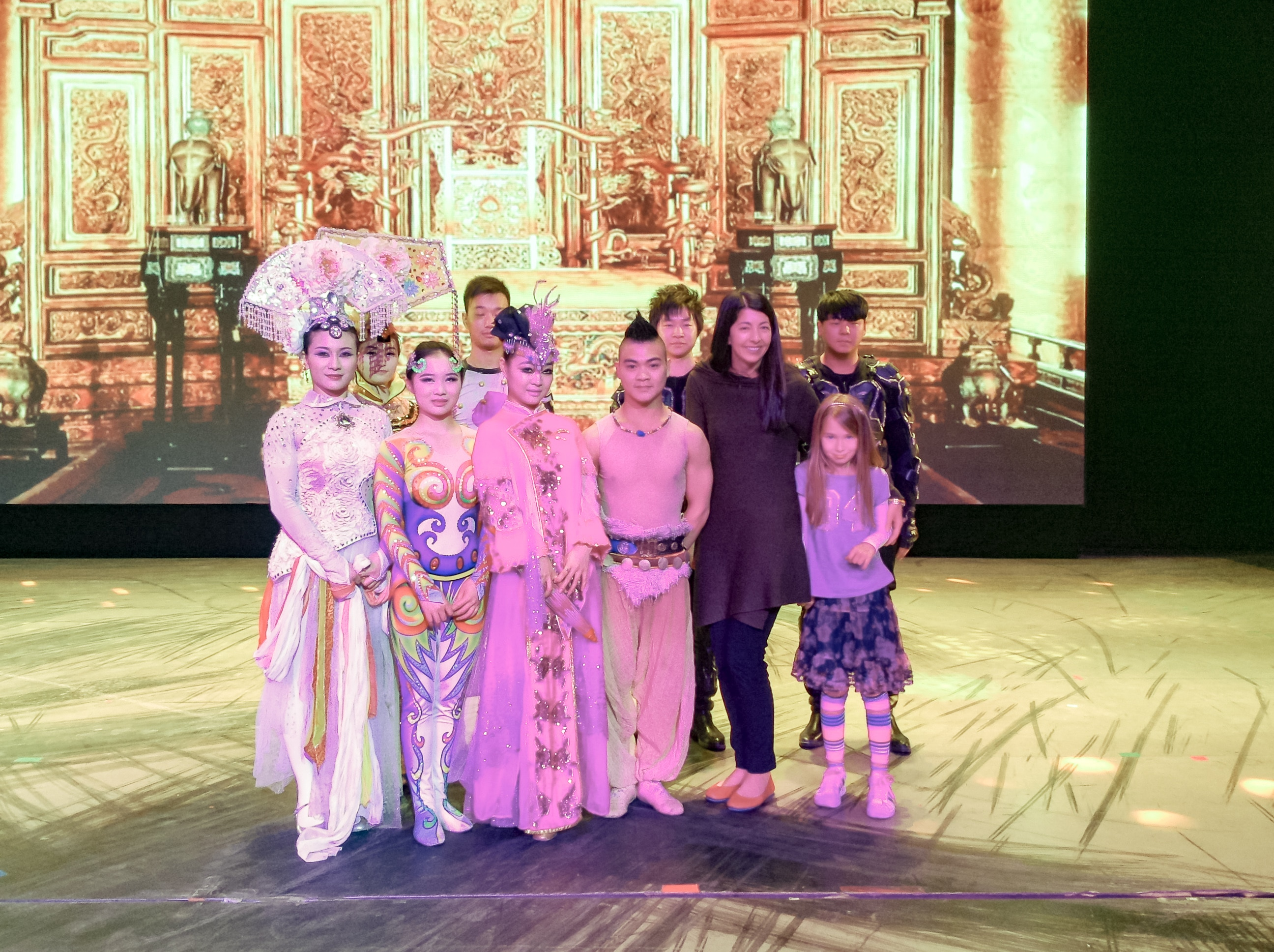 Things to do in Beijing: Chinese acrobats at Chaoyang Theatre