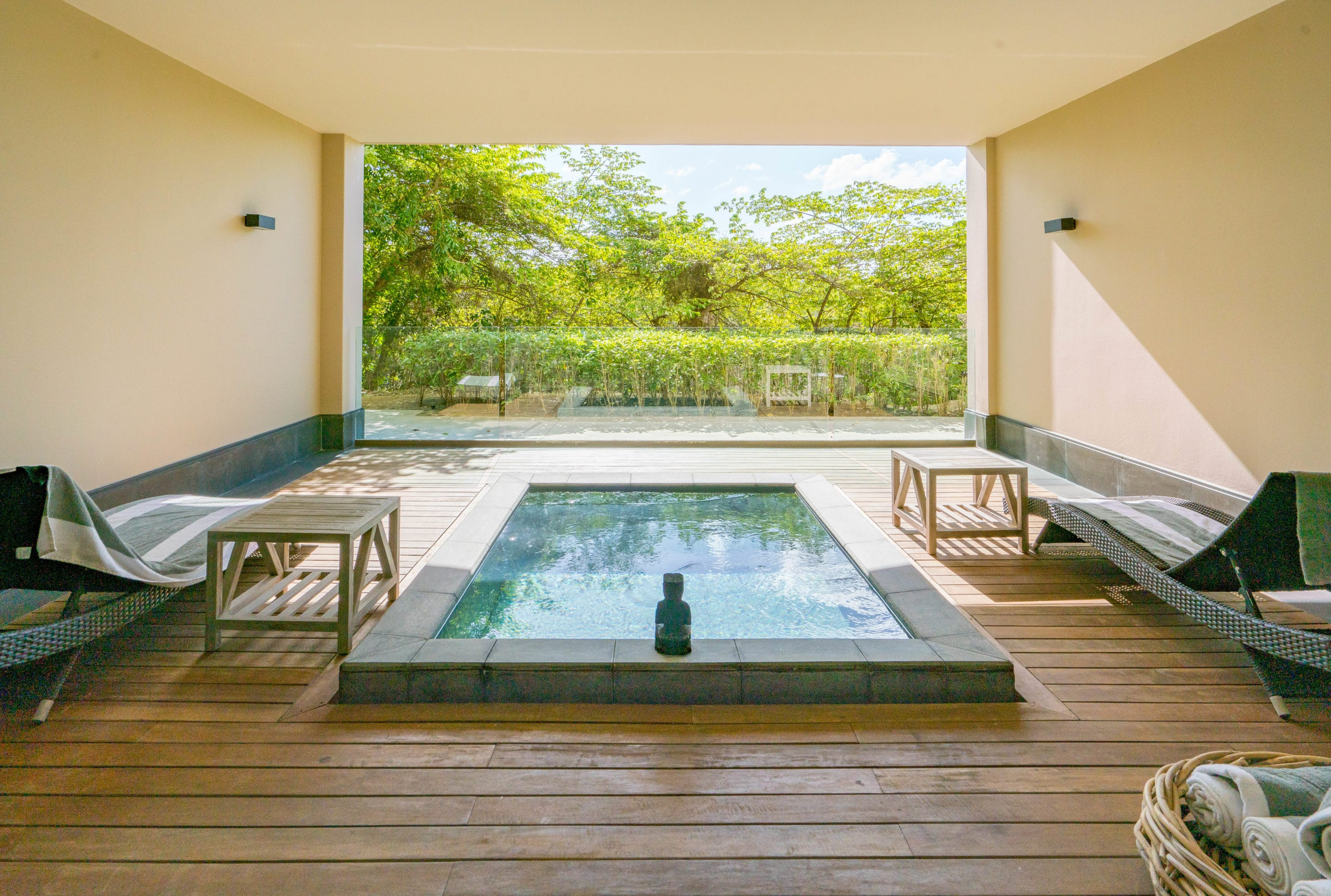 Plunge pool on the terrace of a Garden Junior Suite at NIZUC Resort and Spa