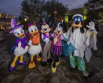 16 Things to Do at Disneyland Resort During Halloween Time