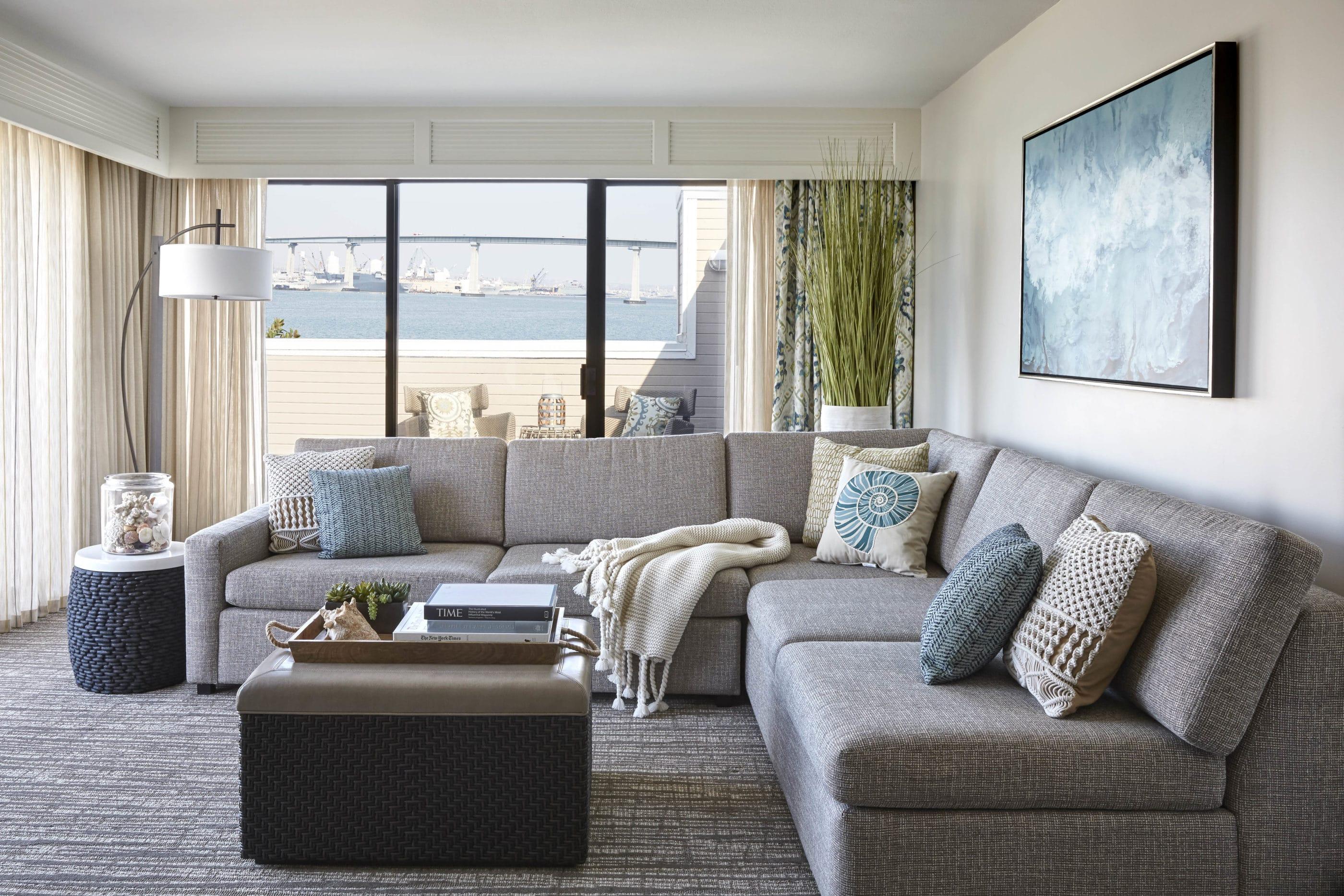 Executive suite living room at Coronado Island Marriott
