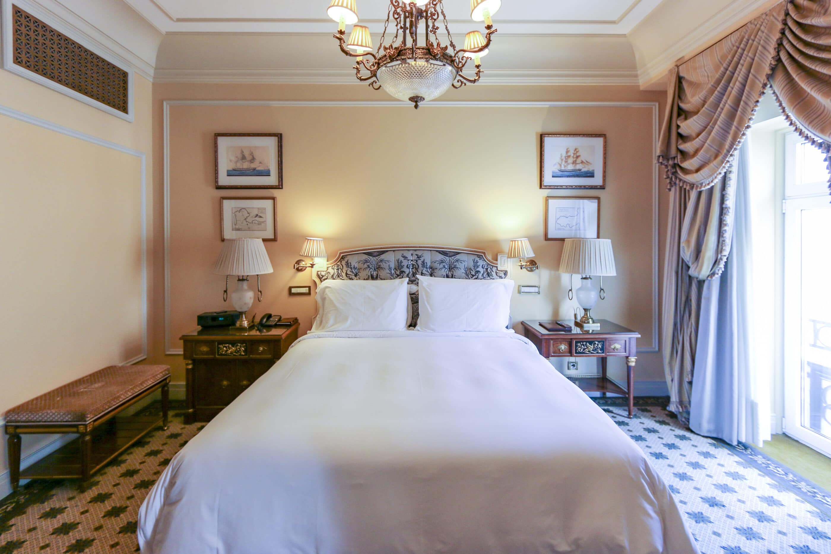 Bedroom of a Deluxe Suite at Hotel Grande Bretagne