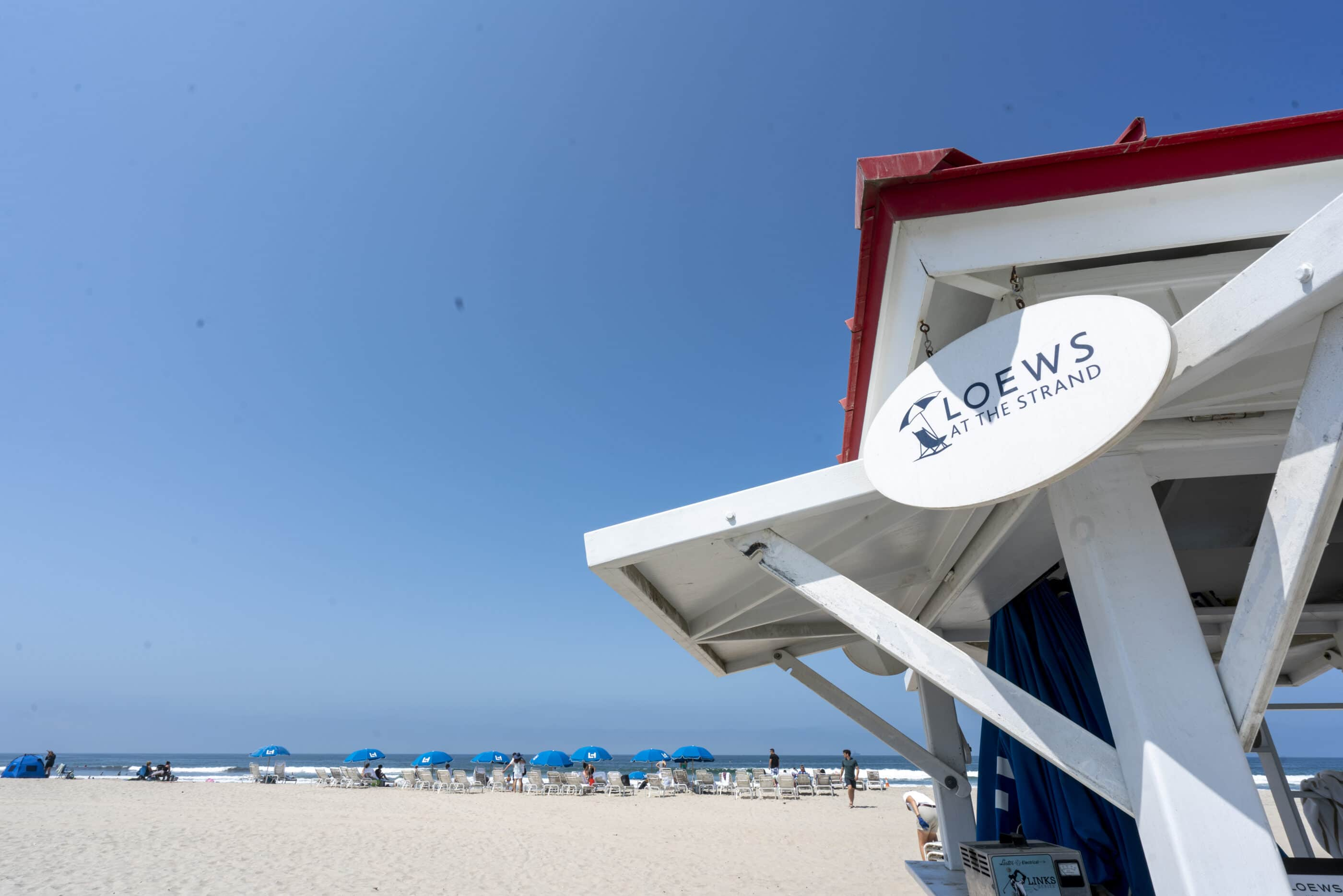 The Loews at the Strand beach service kiosk on Silver Strand State Beach.