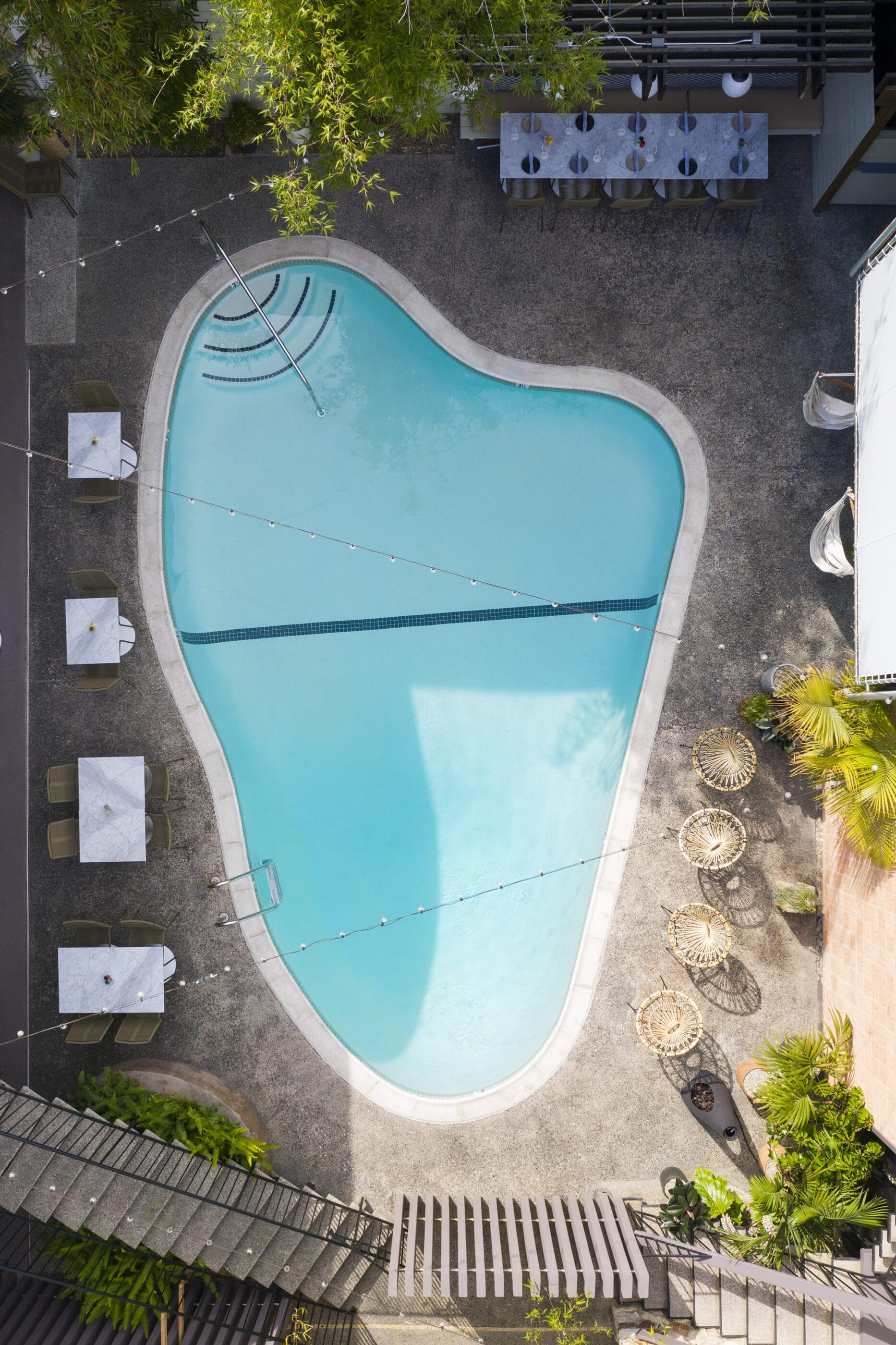 Aerial view of the oyster-shaped pool.