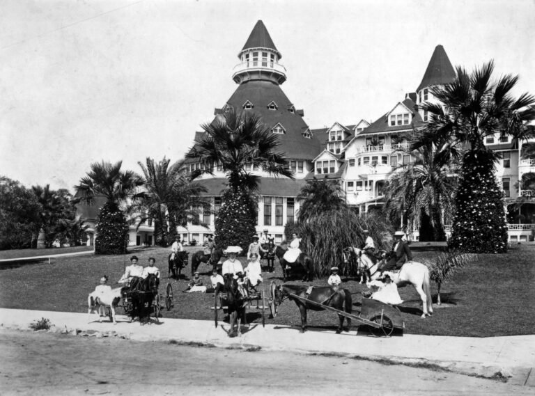 12 Best Historic Hotels in San Diego, California