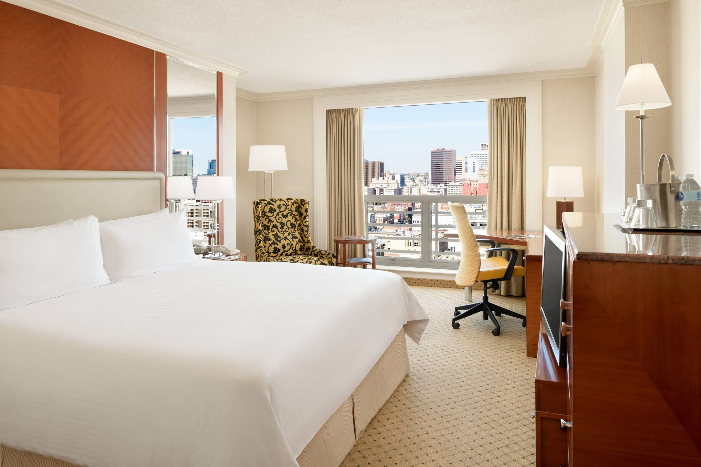 San Diego Marriott Gaslamp king room interior with a city view.