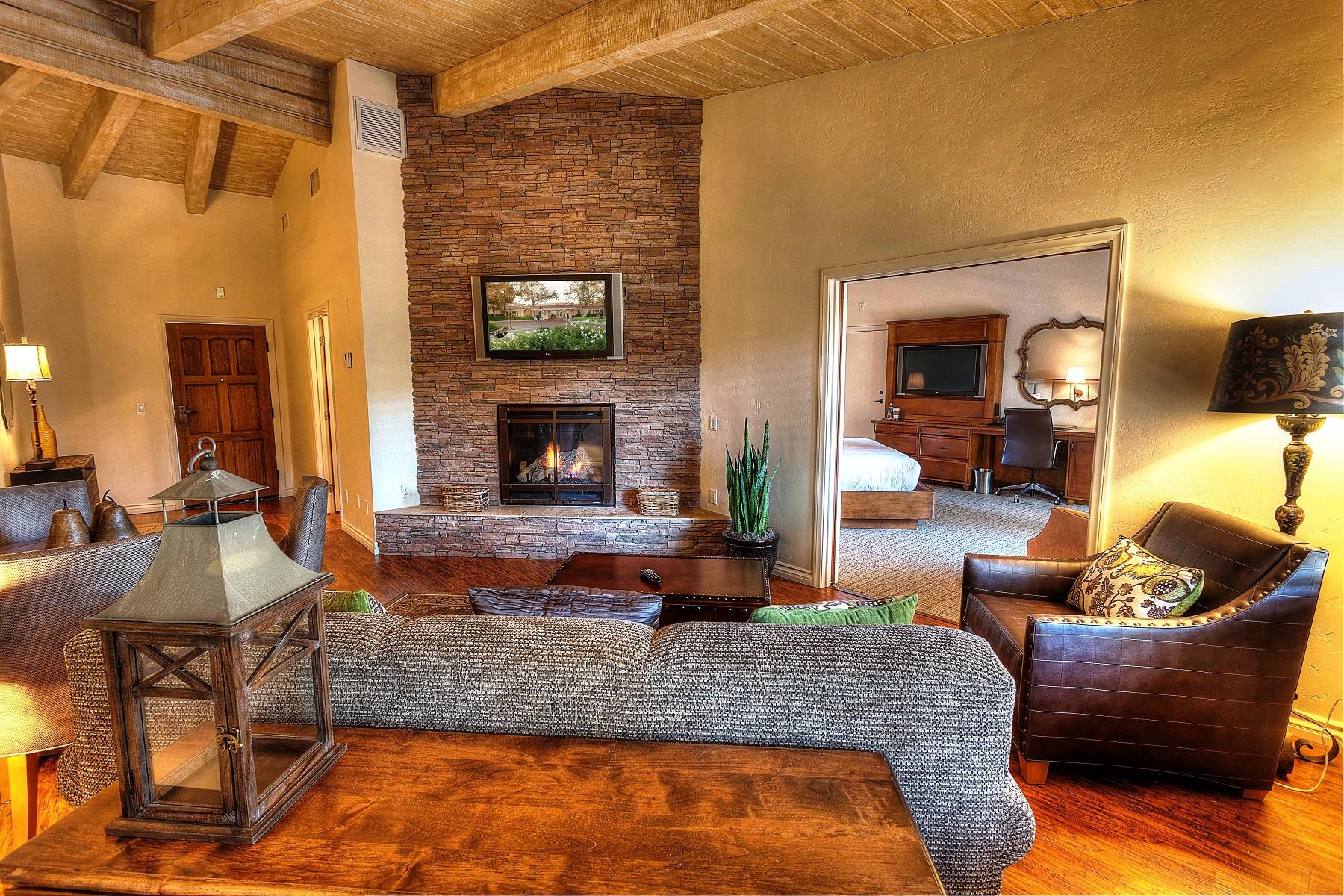 Estate Suite living room interior
