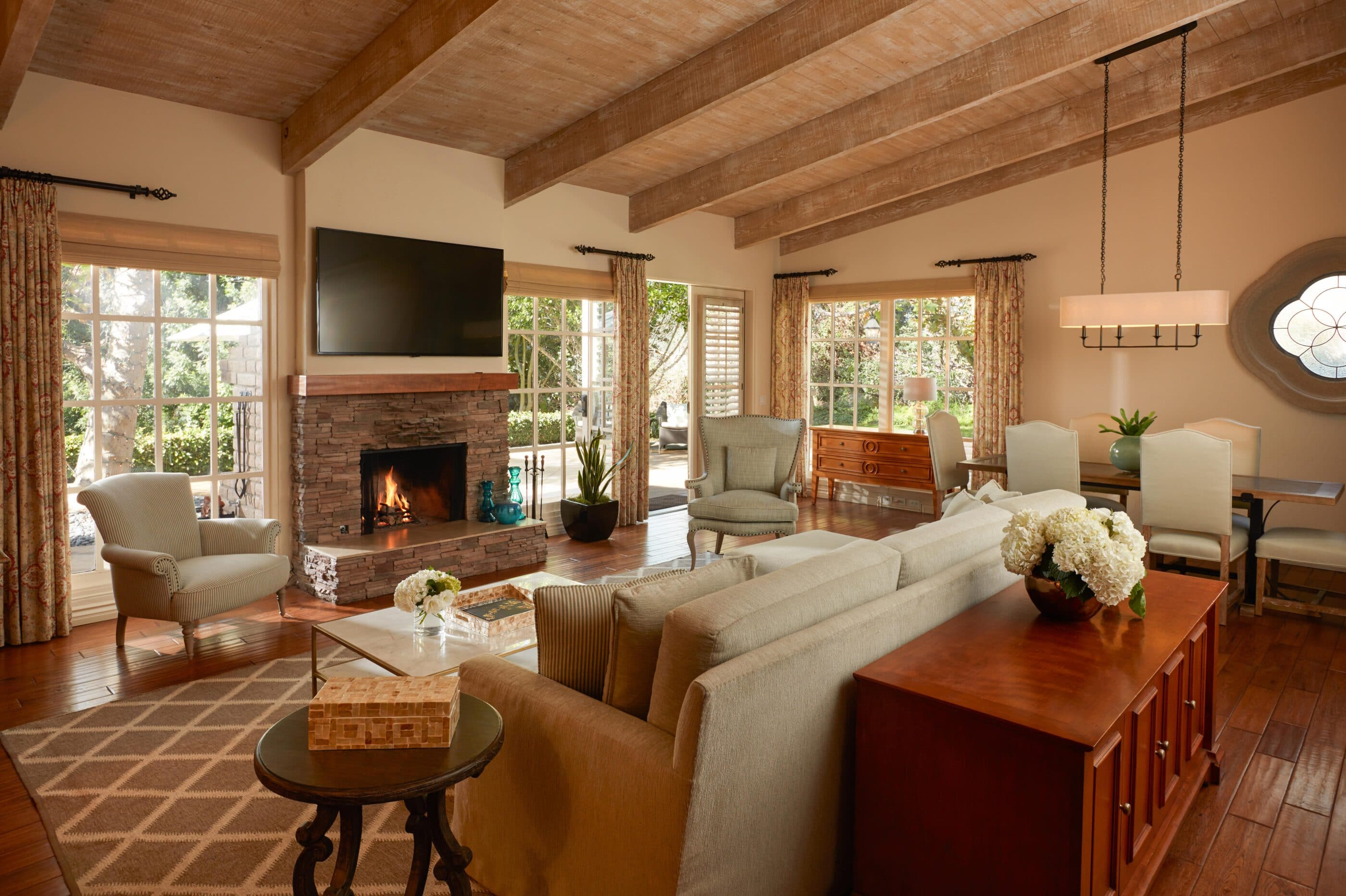Presidential Suite living room at Rancho Bernardo Inn