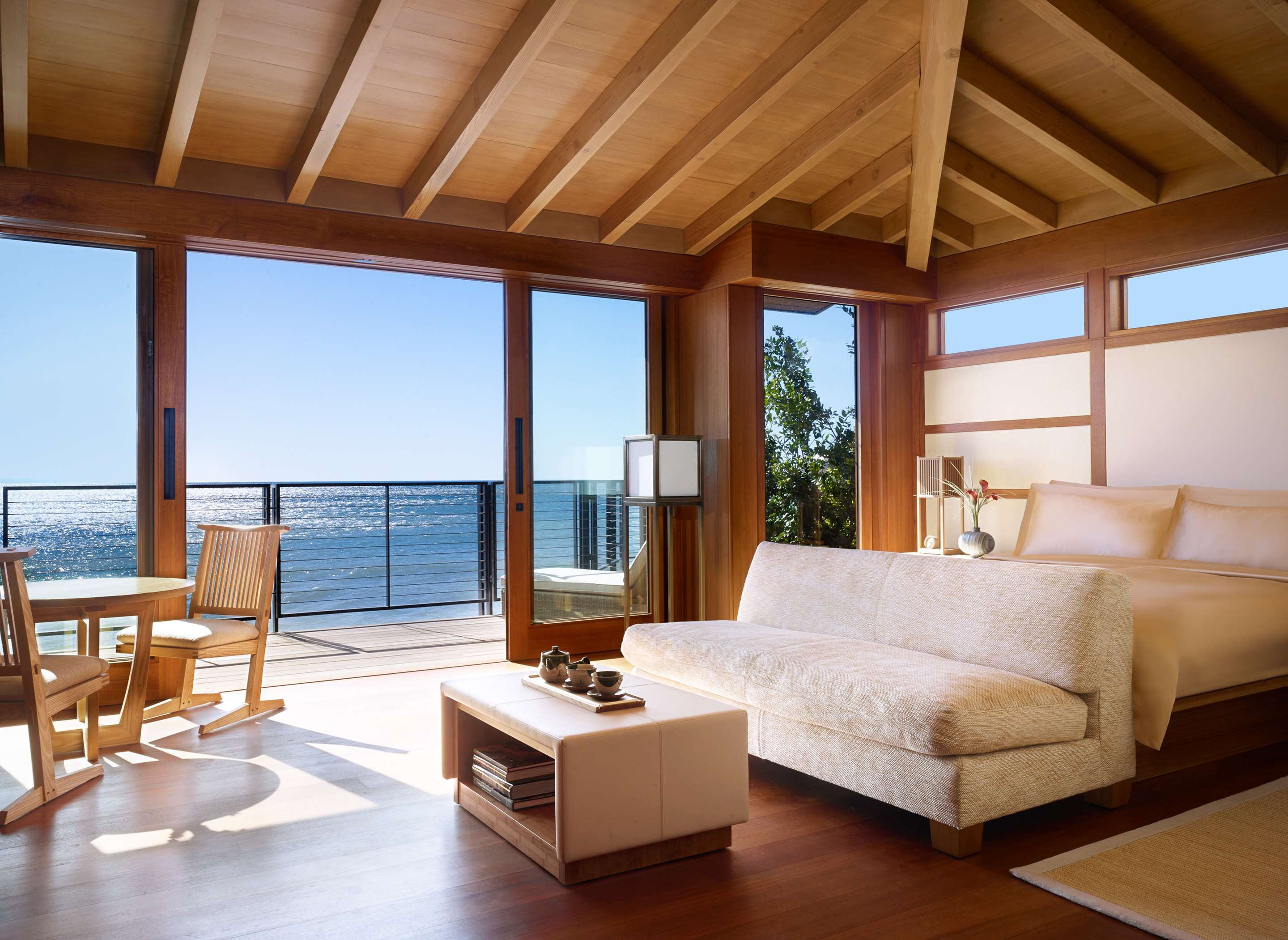 A ryokan-inspired room with dramatic ocean views (and a bed in lieu of a tatami mat).